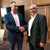 La azucarera Acor y Recoletos Consultores firman el acuerdo para poner en marcha el servicio de asesoramiento en seguros